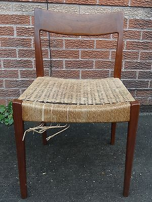 Lovely !!!  Danish Teak  Mid Century Chair