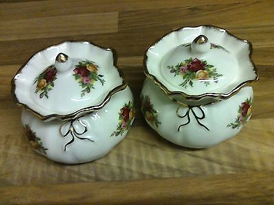royal albert old country roses trinket boxes x 2