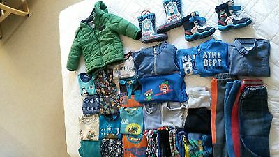 bundle of boys clothes (2-5 years old)