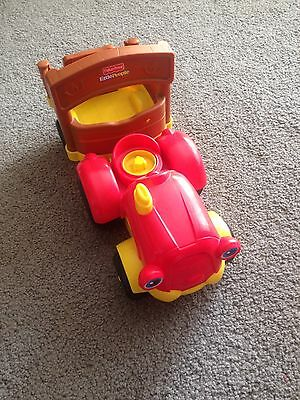 Fisher-Price Little People Farm Tractor with Trailer P/U 3129