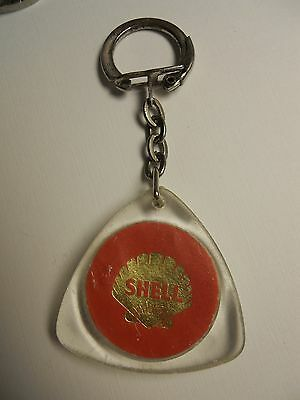 VINTAGE SHELL SUPER MOTOR OIL GAS  PLASTIC KEYCHAIN from MOROCCO VERY RARE