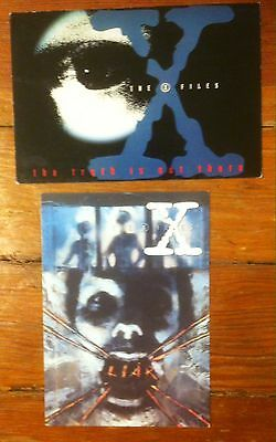 """X-FILES lot of 2 postcards """"Liar"""" / """"The Truth is Out There"""" 6 x 4""""--new!"""