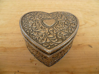 Old Heart Shaped Jewellery, Trinket Box, (246)