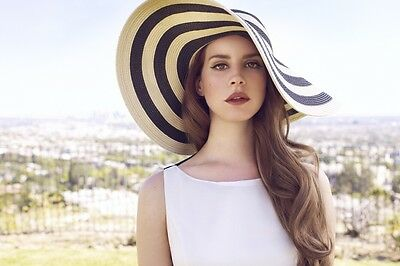 Lana Del Rey 4x6 Inch Glossy Photo