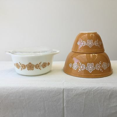 Retro Vintage Pyrex Pudding Mixing Bowls & Casserole Baking Dish Butterfly Gold