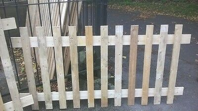 6ft x 3ft Wooden Picket Fence Panels Fencing Flat Top - Untreated