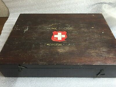 vintage harmsworth's home doctor emergency wooden case box empty