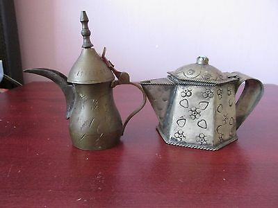 vintage mini  tea pots set of 2