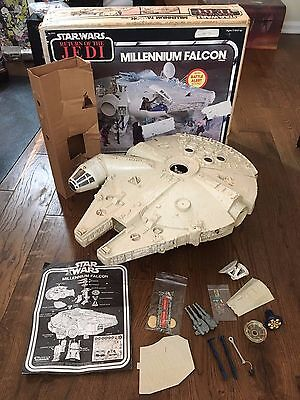 VINTAGE STAR WARS MILLENNIUM FALCON-RETURN OF THE JEDI With Cardboard Insert