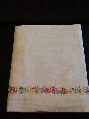 1950s single bed sheet Vintage White Embroidered Floral