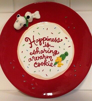 Hallmark Snoopy Peanuts Ceramic Plate Christmas Happiness Sharing Cookie NEW