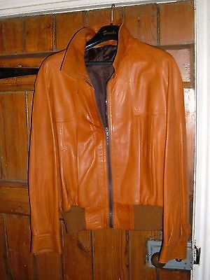 """MENS VINTAGE LEATHER JACKET. """"BOMBER STYLE"""". Circa 1970's."""