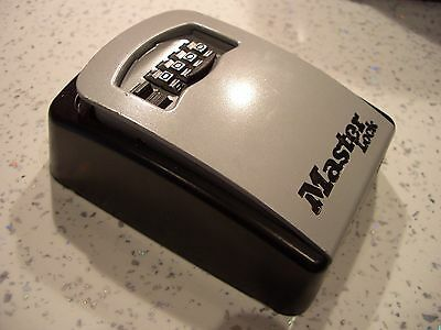 New Masterlock 5401EURD Combination Wall Mounted Key Safe Security Home Outdoor