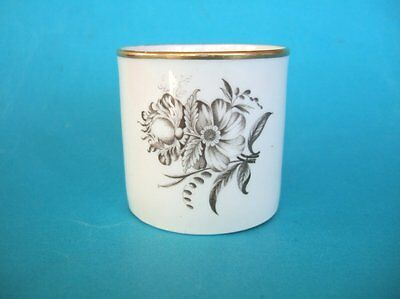 A Spode Coffee Can, c.1810. Bat Printed Flowers #2.