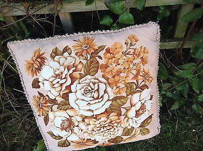 VINTAGE FLORAL CUSHION COVER SHABBY CHIC GARDEN FLOWERS  RETRO KITCH Kitsch