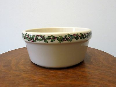 Henn Pottery Hollyware Holly Ware Christmas Small Crock Casserole Dish Serving