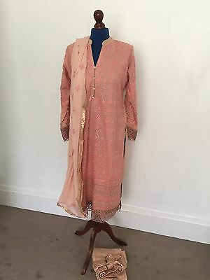 Ready To Wear Pakistani Shalwar Kameez