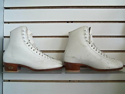 Riedell Bronze Star Womens White 7 A Beginning-Mid Freestyle Figure Skating Boot