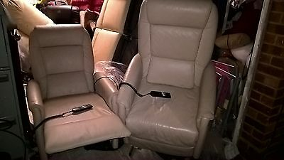 rise recliner cream leather chair can deliver