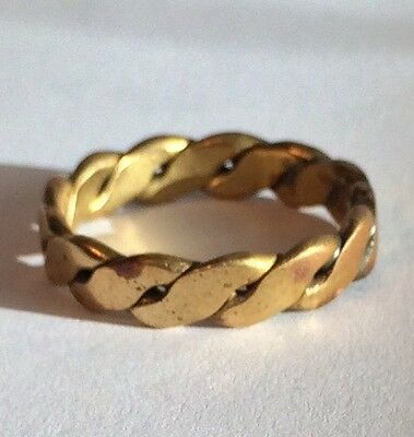 Wonderful Gold Tone Celtic Plait Ring. Lovely Feel. Metal Detecting Find
