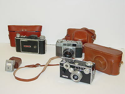 Lot Of Vintage Cameras All With Leather Cases Argus Foldex Olympus Tower Flash