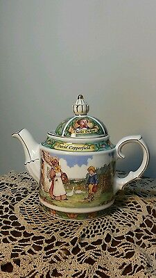 Sadler Teapot Charles Dickens David Copperfield Made in England