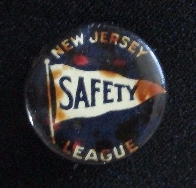 Vintage New Jersey Safety League Pinback. Circa 1940s