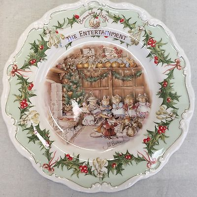 Royal Doulton Brambly Hedge Gift Collection Midwinter The Entertainment Plate