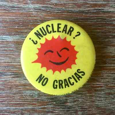 Yellow Spanish Anti Nuclear Vintage Pinback Button with Smiling Sun