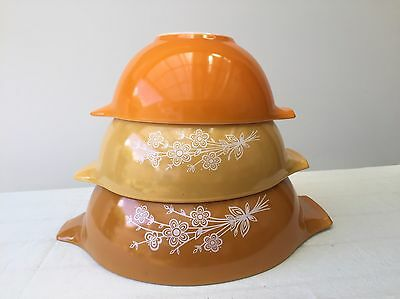 Retro Vintage Pyrex Cinderella Mixing Bowls Butterfly Gold Orange Flower Daisy
