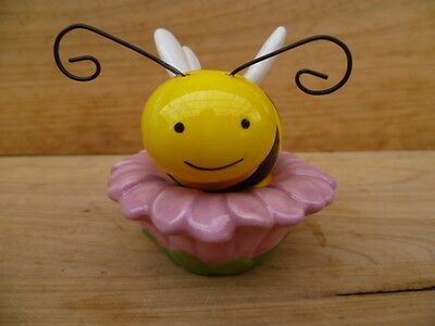 New Bee On Flower Salt And Pepper Shakers, S+P (C221)