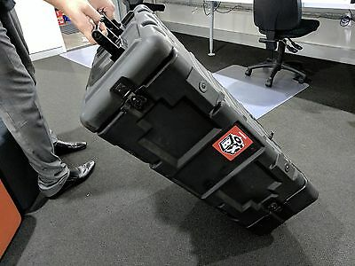 Hardigg Roadcase - 4RU with 12 GPO Outlets and lockable draw