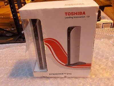 Toshiba Dynadock U10 PA3575E-1PRP USB Port Replicator Docking Station