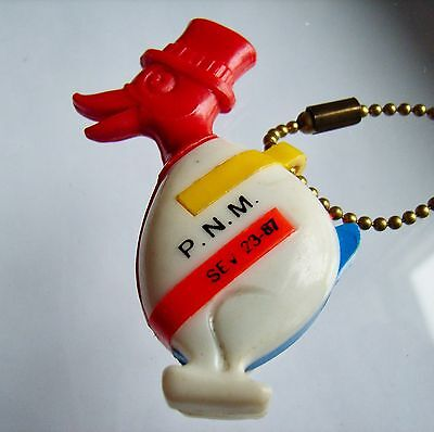 Vintage French Advertising Puzzle Keychains - P.n.m. - Duck