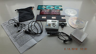 Sony mz-NH700 HiMD Net that connects to computer + Many Extras.