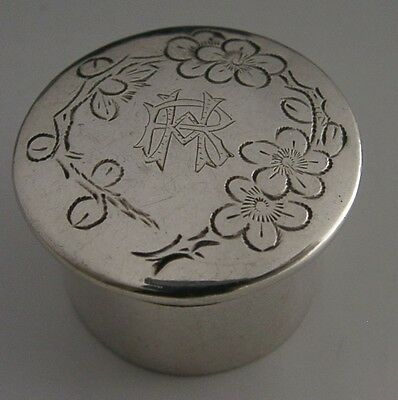 PRETTY CHINESE EXPORT SILVER BLOSSOM PILL BOX c1920 ANTIQUE