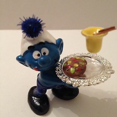 Smurf With Egg Nog And Cookies
