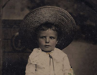 OLD VINTAGE TINTYPE PHOTO of CUTE LITTLE BAREFOOT GIRL w/ HUCK FINN STRAW HAT