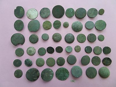 buttons all eras, uncleaned (203)