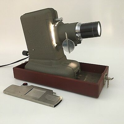 Vintage Three Dimension Company Slide Projector Model RP in Case