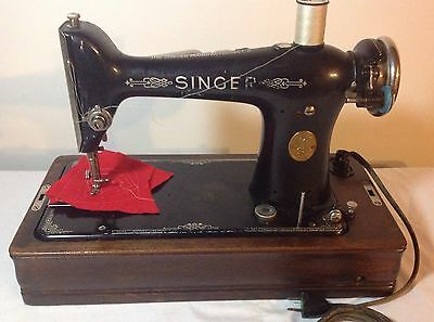 Antique Singer 101-4 portable sewing machine with 204 Oak bentwood case