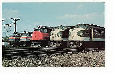 Ivy City Terminal Southern Crescent  Amtrack Trains Vintage Postcard Sep16
