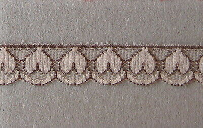 CRAFT-SEWING-LACE 12mm Brown/Cream Heart Design Lace (metre varieties available)
