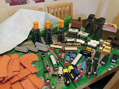 Gullane thomas large collection includes play mat. 23 engines, trucks plus more