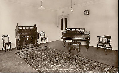 W & K RP: A Class Room, Trinity College of Music, Mandeville Place, London No 12