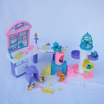 Barbie Check Up & Play Centre 1996 with box