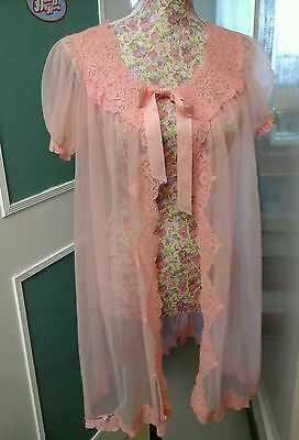 Vintage Pezerine Glamorous  Peach Gown With Lace Detail Size 14 Great Condition