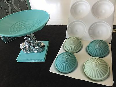 Avon Dolphin Soap Dish & Hostess Soaps-Great Condition