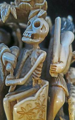 ***High Quality Antique Carved Japanese Figures in HELL Skeleton Skull AWESOME !