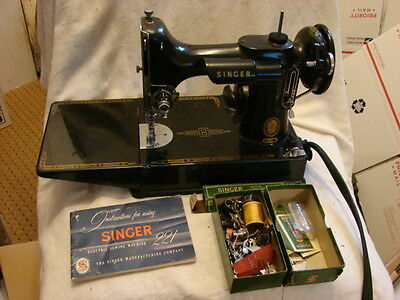 Singer 221 Featherweight Sewing Machine With Case & Attachments